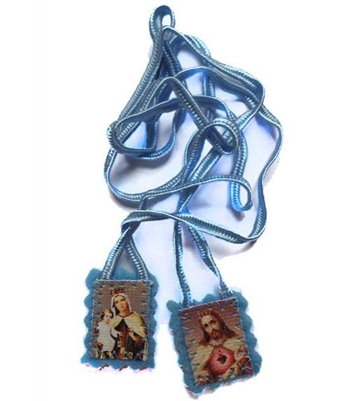 Scapulaire bleu bébé